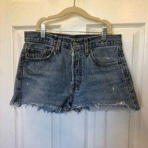 Levi's VTG 501 Distressed Cut Off Shorts